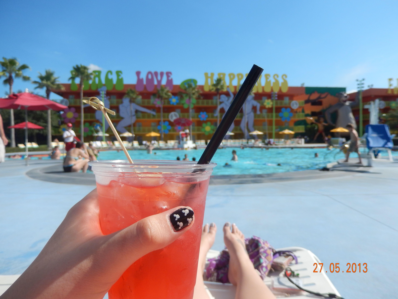 Pool Side Plunge Drink at Pop Century!