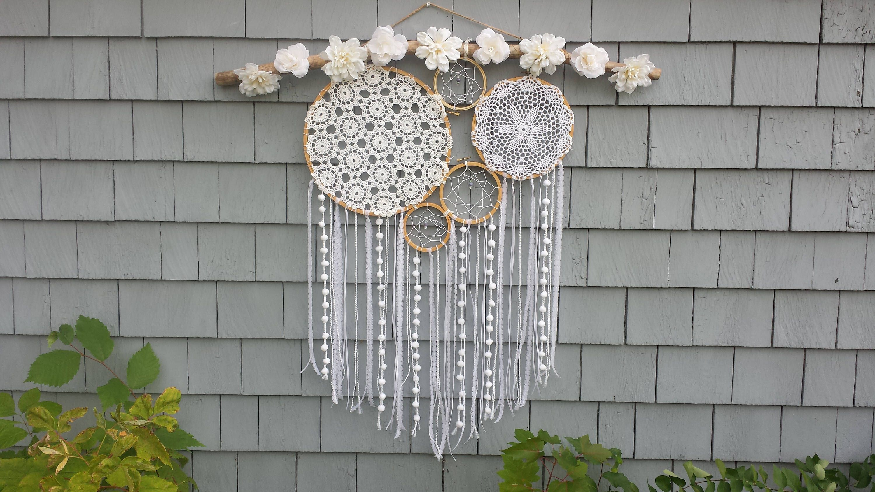 Large Dream Catcher Wall Hanging With Wooden Embroidery