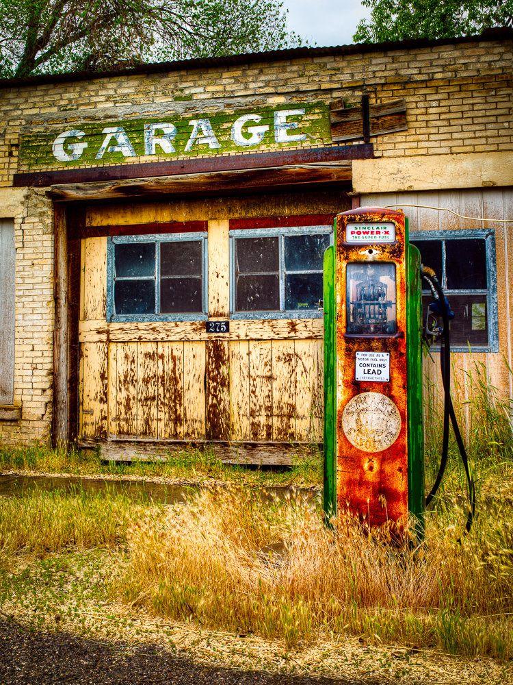 Old gas pump and garage southern utah 2010 old gas