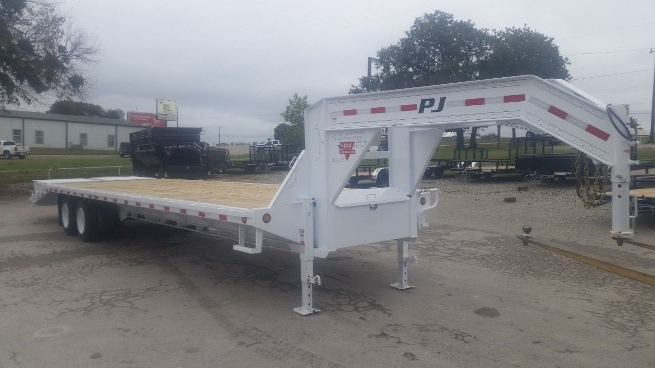 Check out this 2019 PJ TRAILERS GOOSENECK listing in