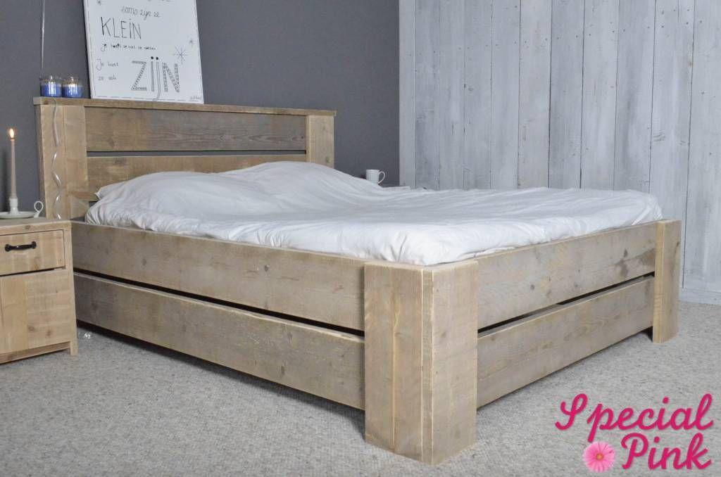 Houten Slaapkamer Meubels : Tweepersoonsbed glenn van steigerhout meubels