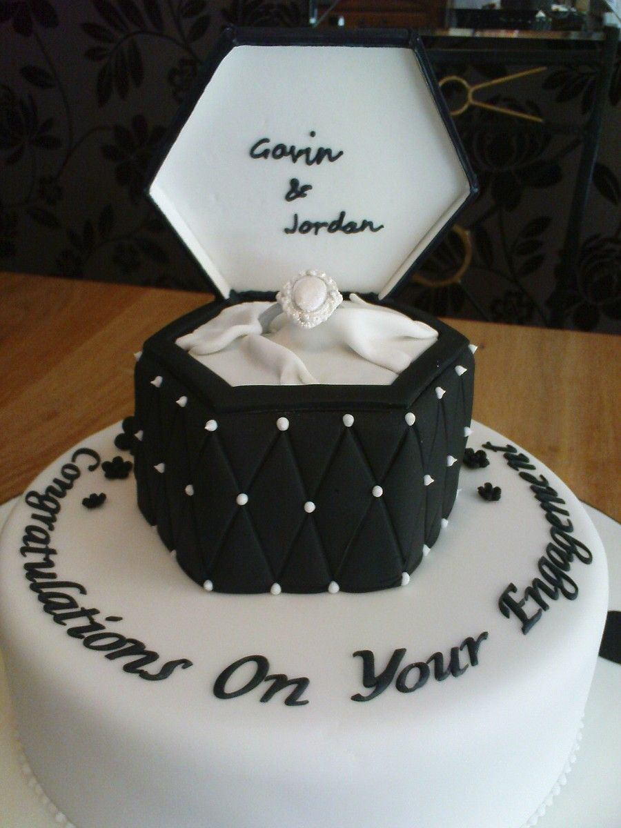 Engagement Ring Cakes 60