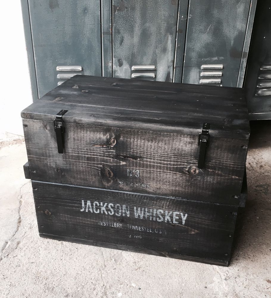 Riverboat Couchtisch Mbel Truhe Free Holzkiste Whisky Box Truhe Couchtisch Frachtkiste