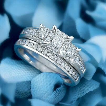Engagement ring wedding band combo My WeddingRings Pinterest
