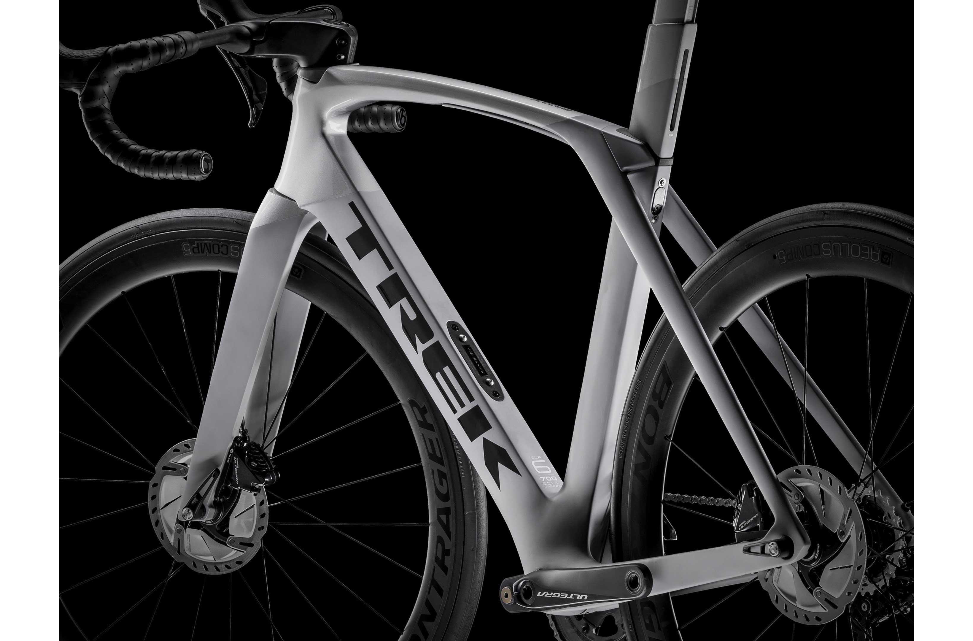 Trek Madone Slr 6 Disc 2019 Road Bike Road Bikes Evans Cycles Trek Madone Road Bikes Cool Bicycles