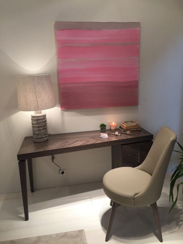 Hints For Choosing A Modern Computer Desk That Suits Your Style ...