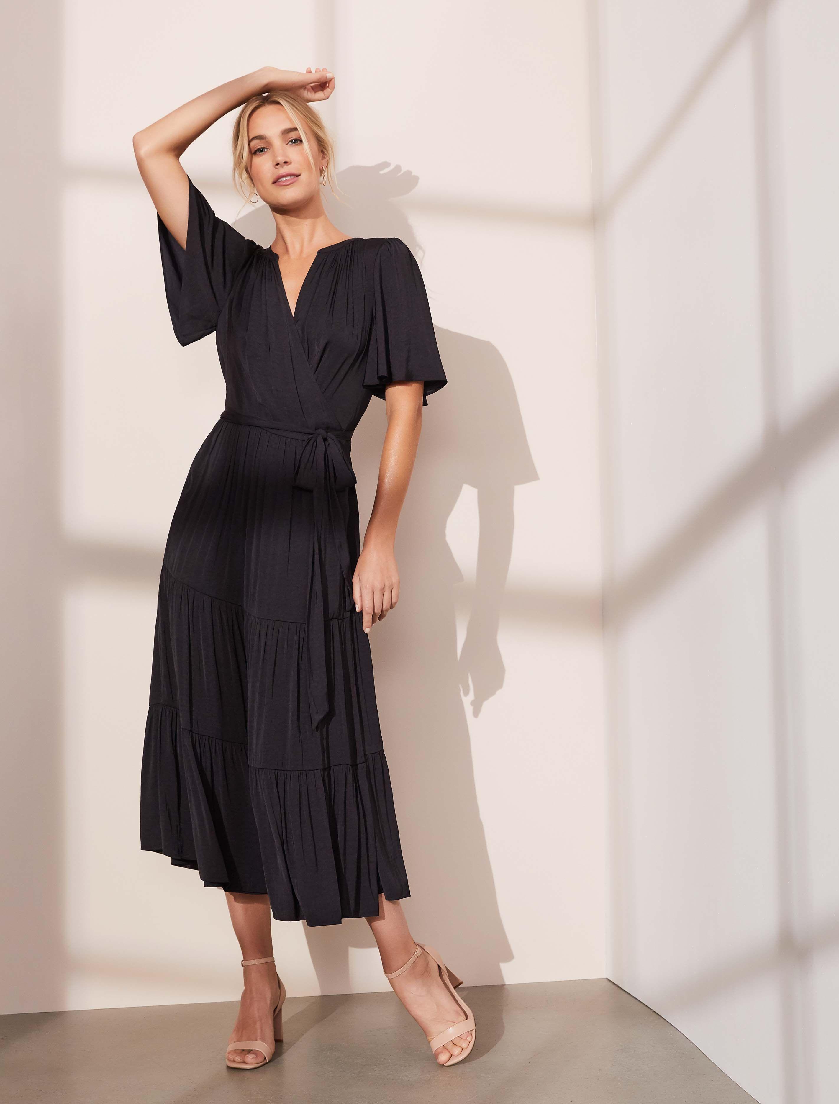 Anna Flutter Sleeve Midi Dress Women S Fashion Forever New Midi Dress With Sleeves Womens Midi Dresses Dresses [ 3742 x 2844 Pixel ]