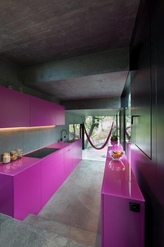 360°: Glashaus eines Architekten in Dielsdorf | Küche pink, Glashaus ...