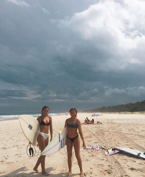 Pin By Madi Benson On Gals In 2020 Surfing Surfer Beach Vibe
