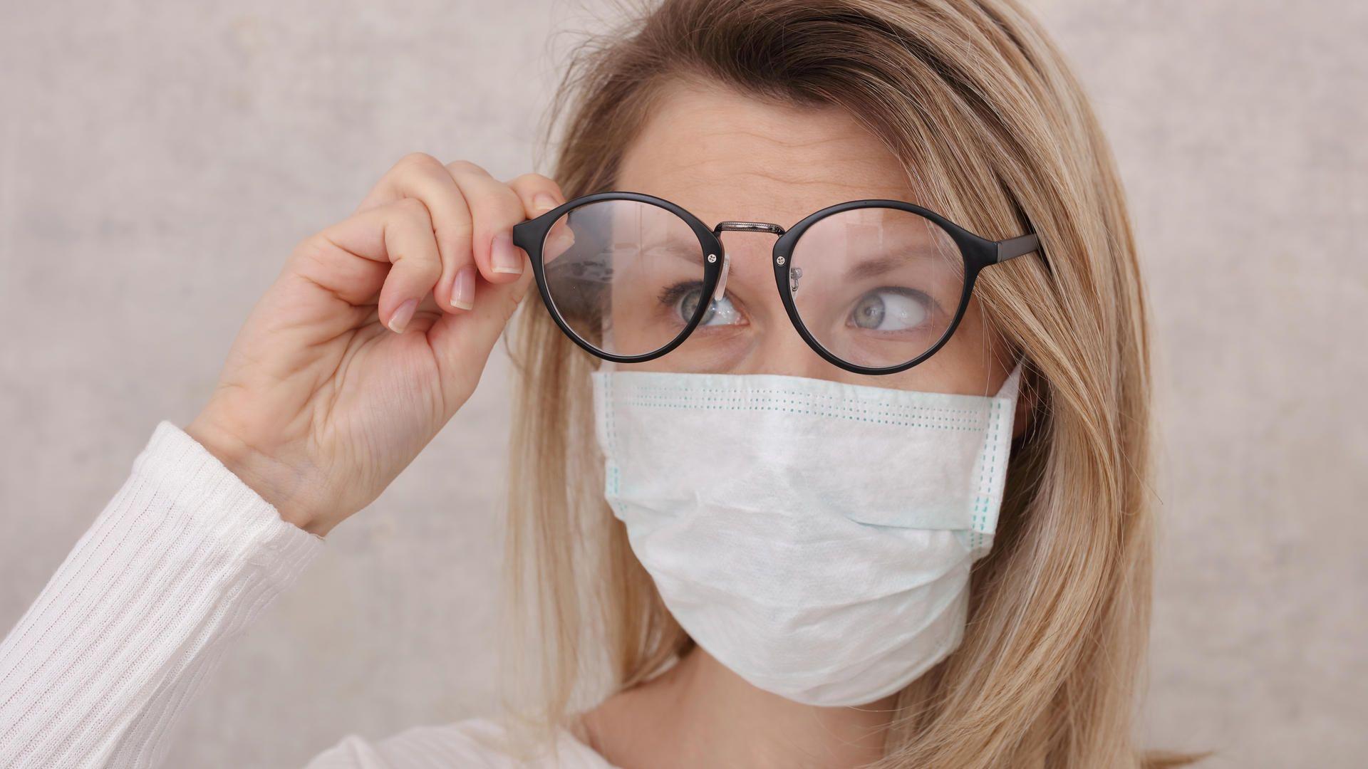 Brille Beschlägt Beim Masken Tragen