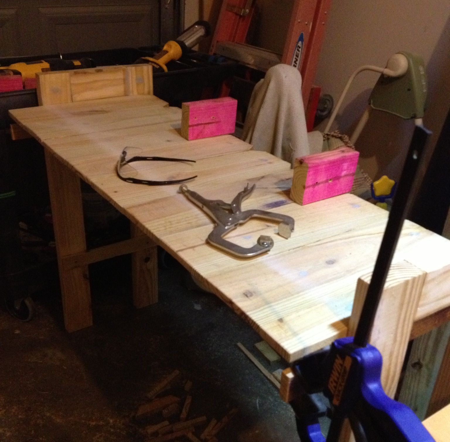 Under construction my new project, a potting bench. DIY