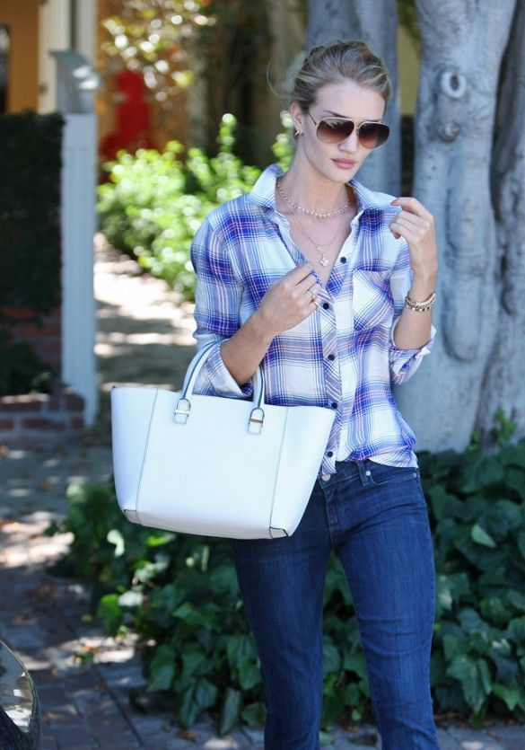 Rosie Huntington-Whiteley wears a Rails plaid button-down shirt with skinny jeans and a white tote bag