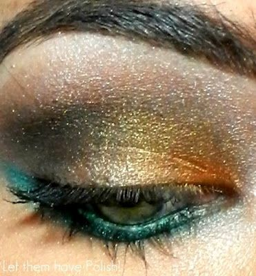 Teal and gold eye shadow: Wet 'n' Wild Silent Treatment palette, Maybelline Copper Craze, L'oreal HIP Duo in Showy