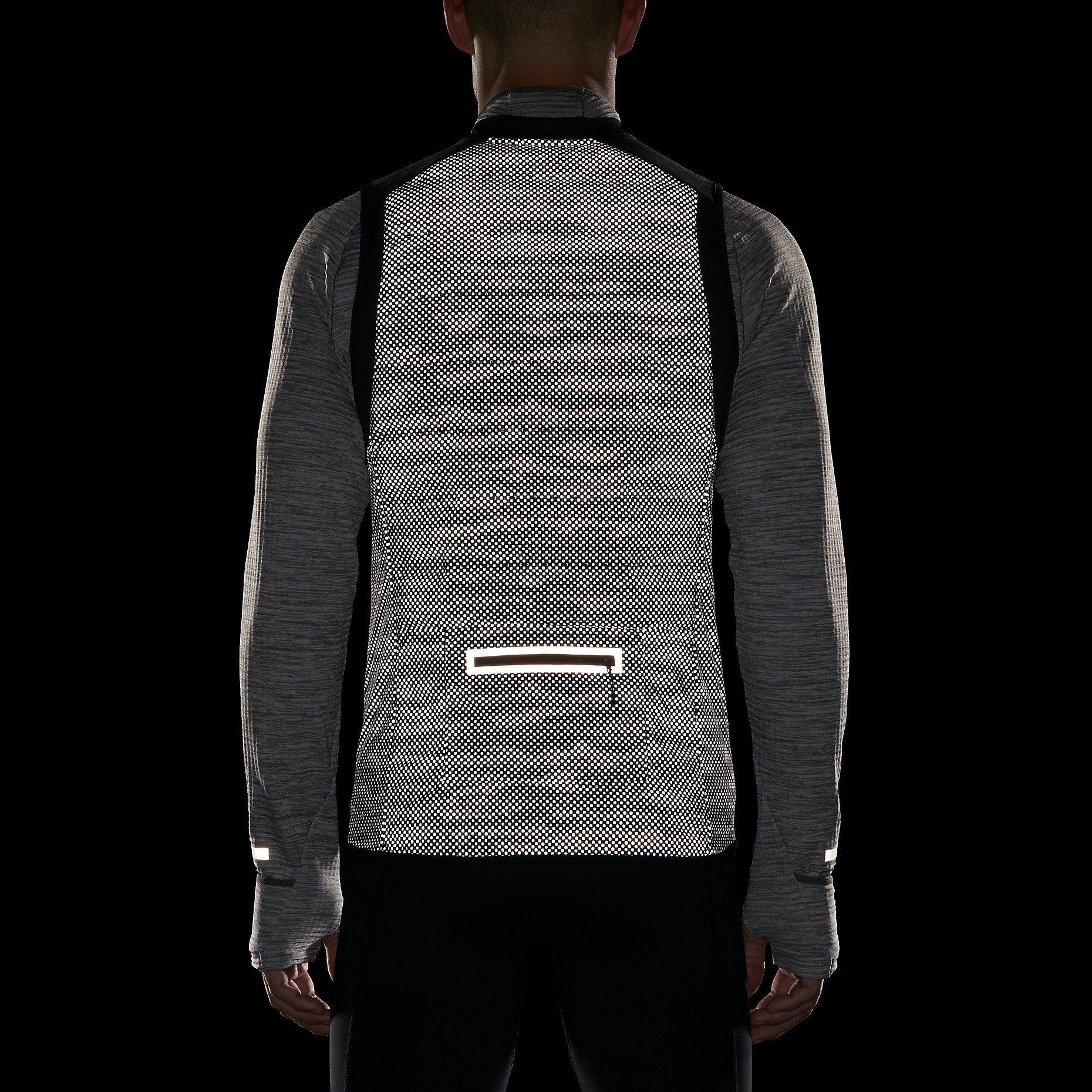 Nike Aeroloft Flash Men's Running Vest. (UK