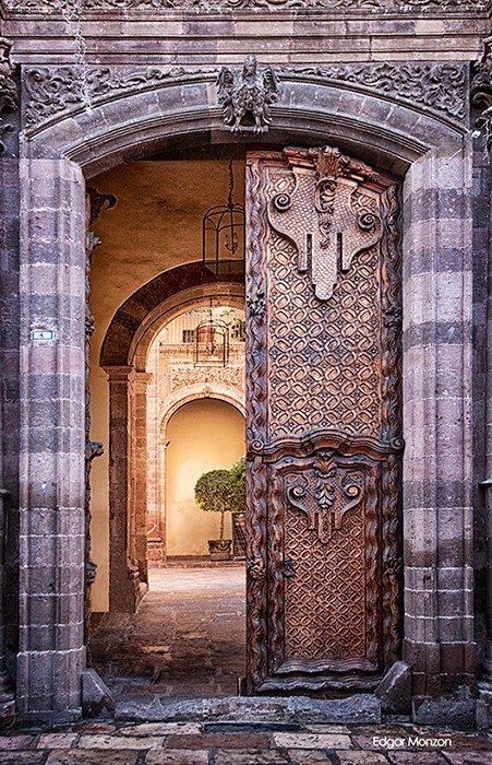 San miguel de allende guanajuato mexico beautiful for Ventanales tipo puerta