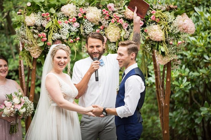 Outdoor Wedding Ceremony | Fabmood.com