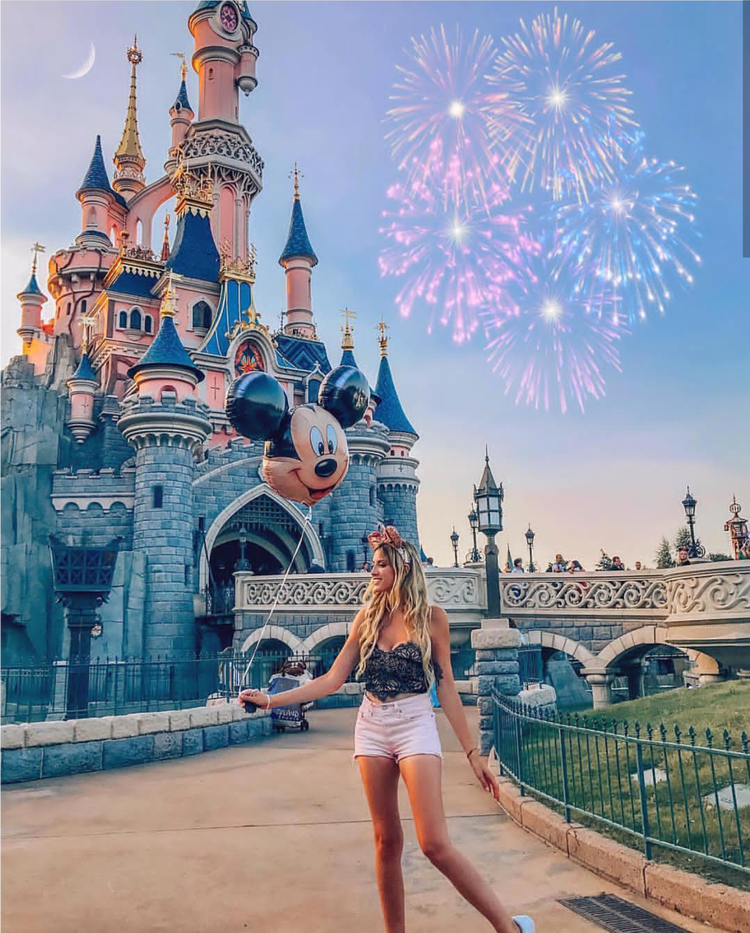 Image in Disney 🐭🎡🎆 collection by n2srin 3bd on We Heart It
