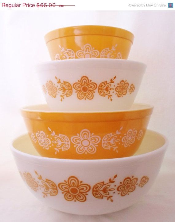 SUMMER SALE Vintage 4 Pc Set Of Nesting Pyrex Bowls Butterfly Gold 1 & 2, Gold and White, Golden Butterflies, Five Petal Flowers, Houseware