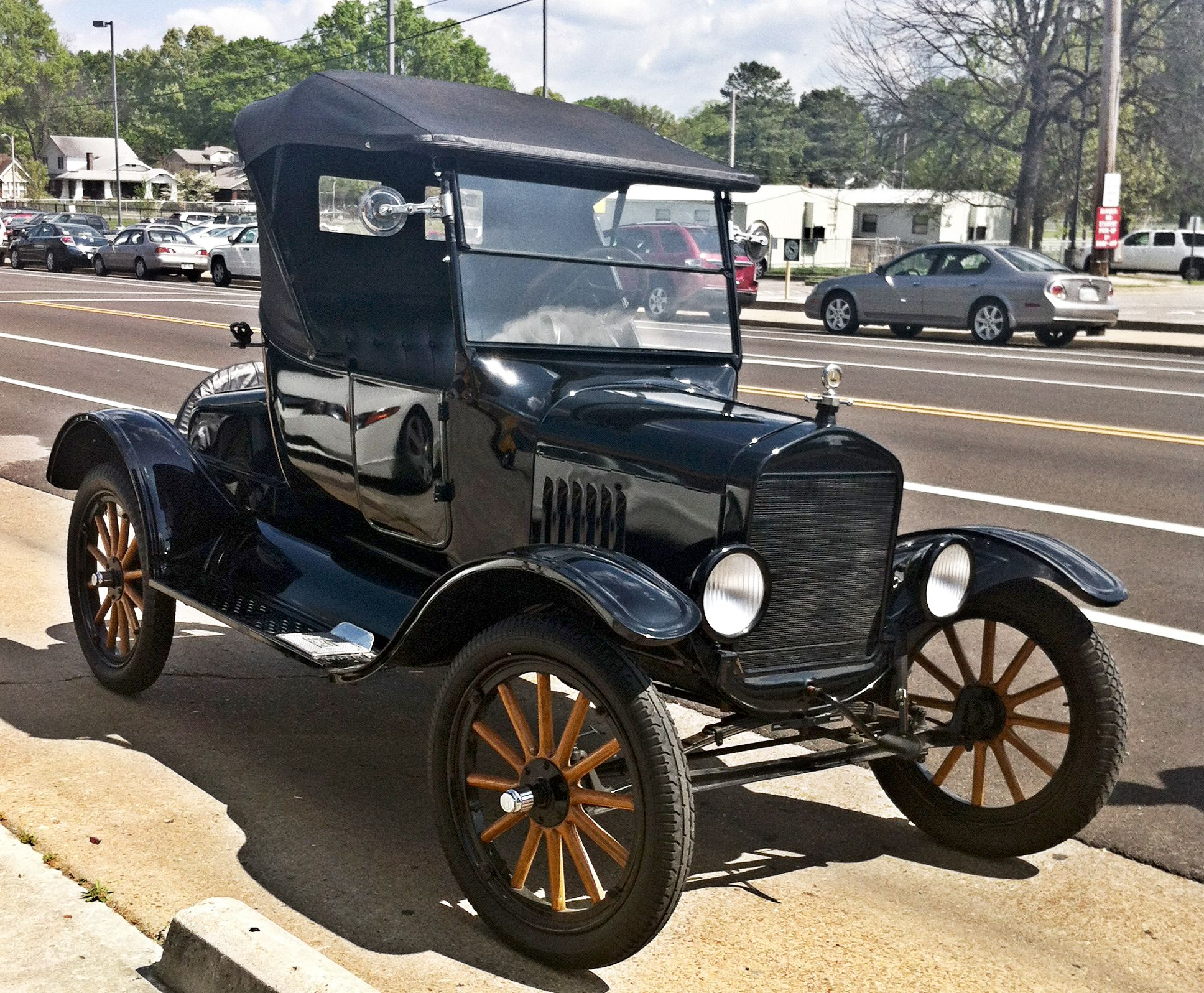Classic Old Car Pictures Is It Classic Cars Or Vintage Cars
