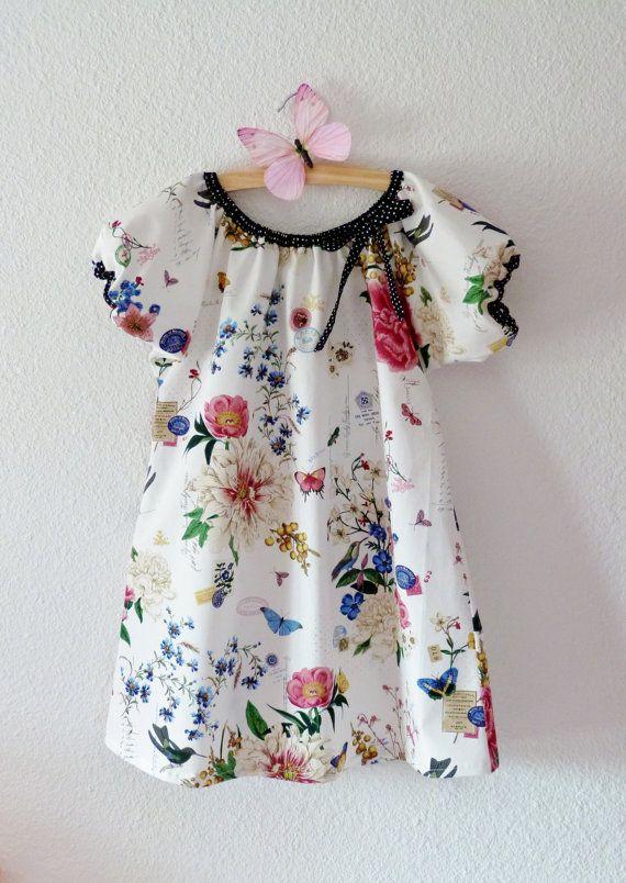 Girl Nightgown Retro Vintage Style Printed With Birds Ans Butterflies Littlepoupettes Chemise De Nuit Fleurs Hautes Mode