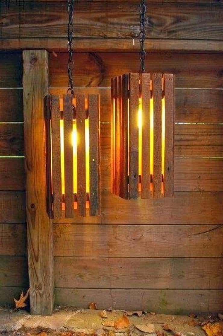 Nice Lamps Made With Old Pallets No Idea Who Has Done These Lights If You Know Feel Free To Comment Design P In 2020 Pallet Light Diy Pallet Projects Pallet Diy