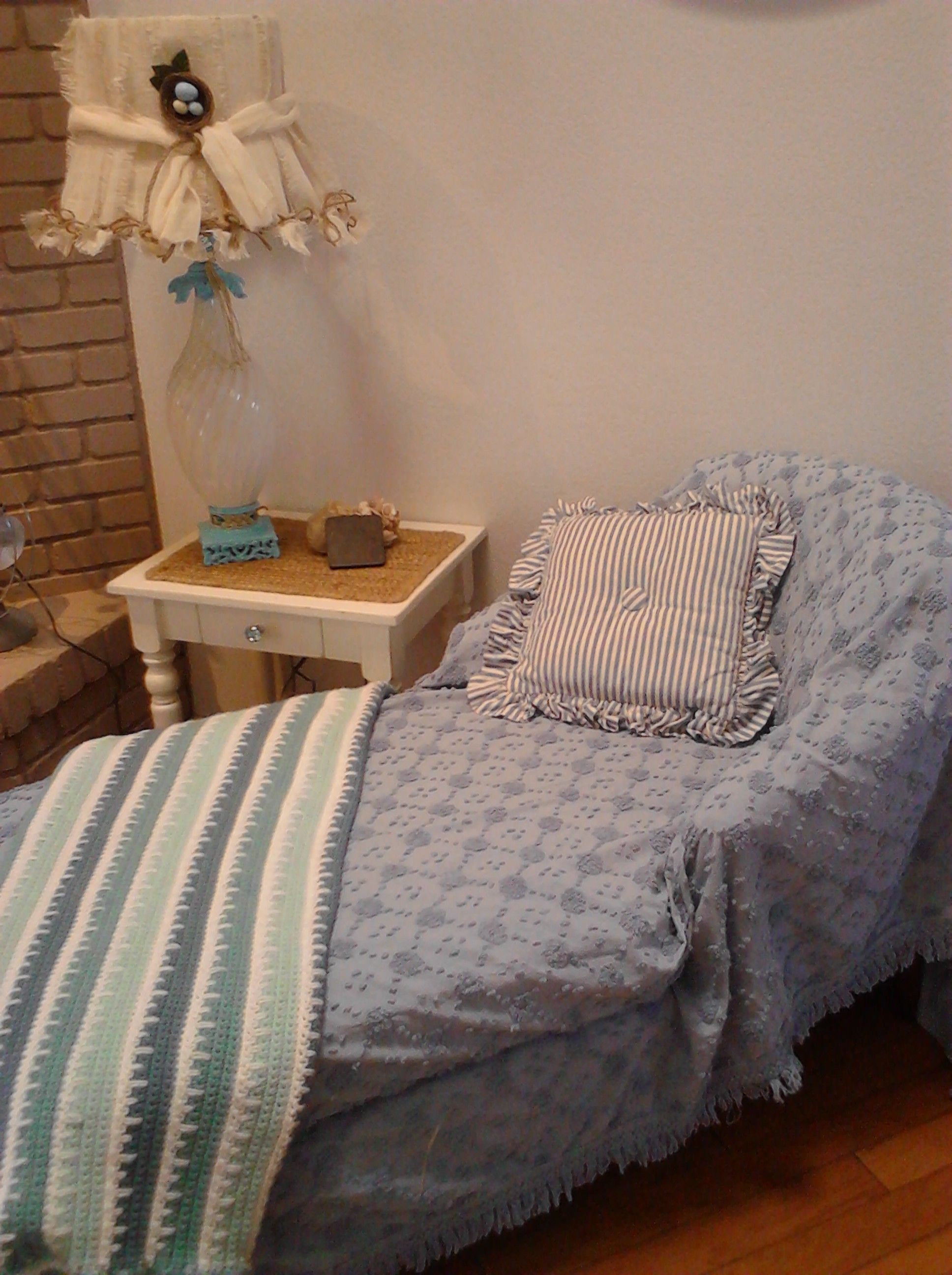 This is the NEW corner of my ever-changing decor..the new Raggedy Burlap lamp...my $40.00 Rescued Treasures Chaise Lounge...thrift blanket cover...thrift pillow...and my beautiful hand croched blanket from my friend Roxanne
