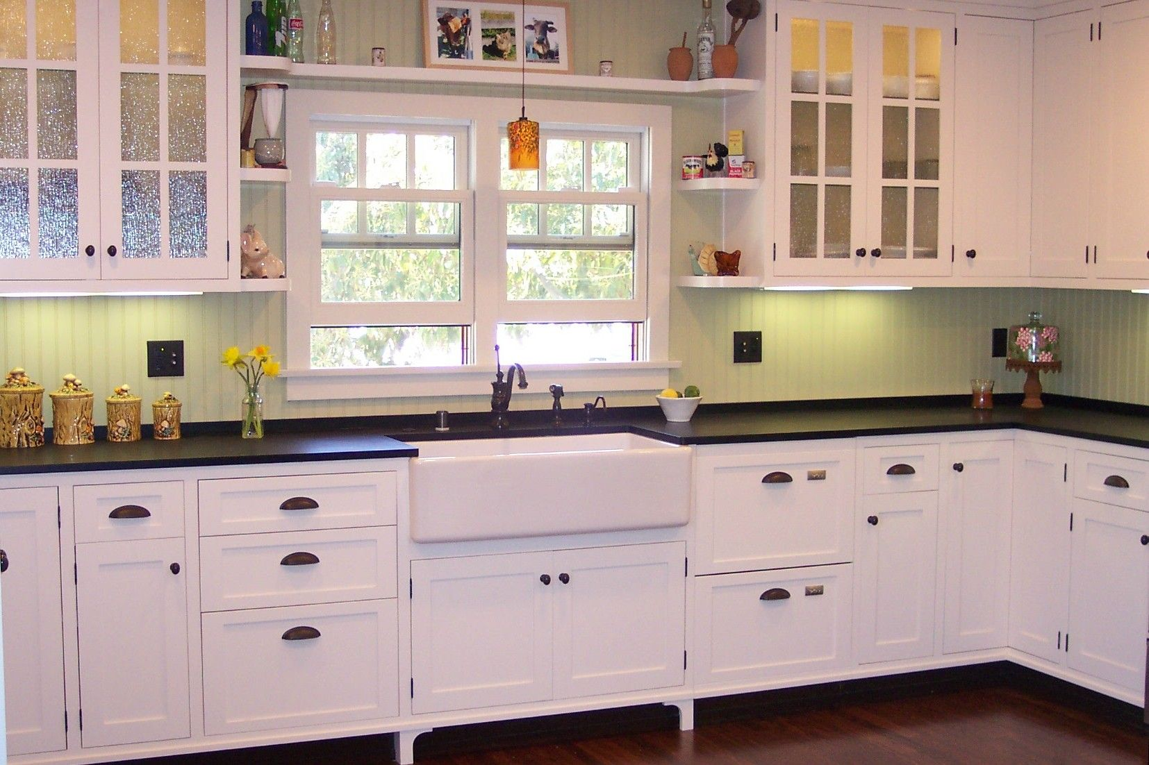 Black And White Cape Cod Kitchen Design And Build By Space Case Design Apron Sink Paperstone Obscured Glass Kitchen Design Interior Design Firms Design