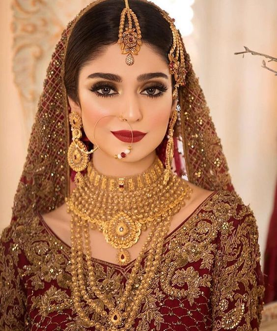 Traditional And Beautiful Bridal Dresses For This Wedding