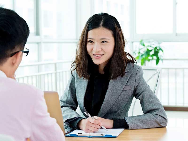 tips Berbicara yang sopan saat wawancara