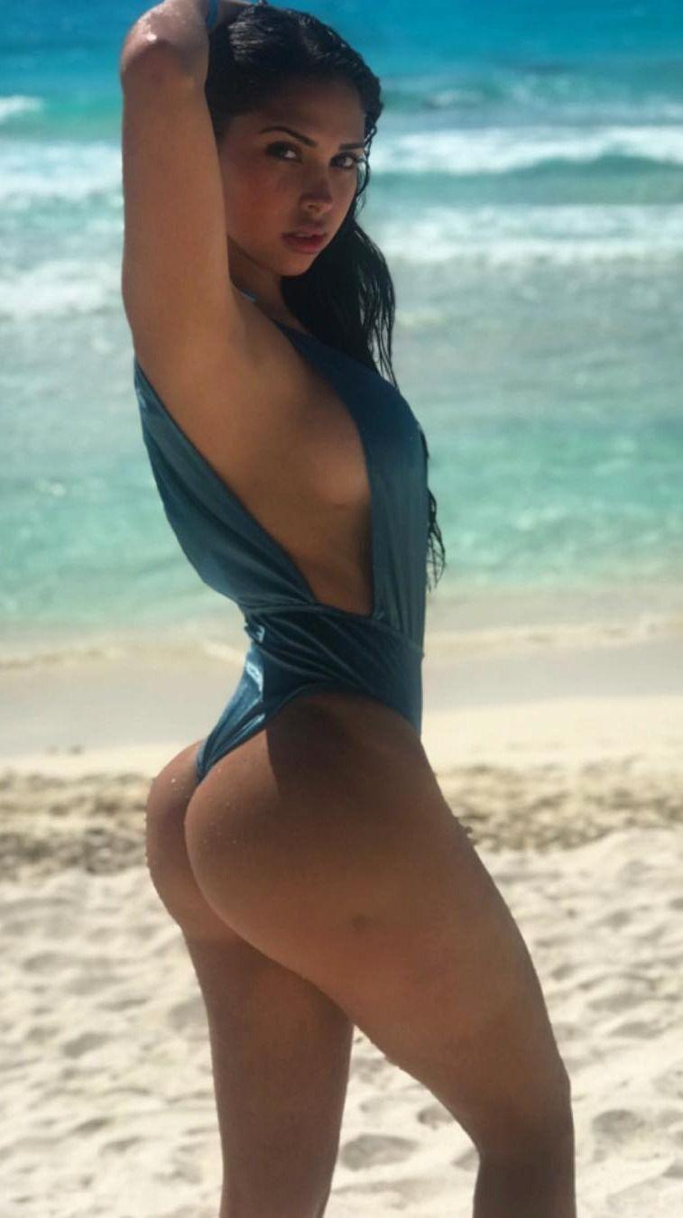 babe Paola latina