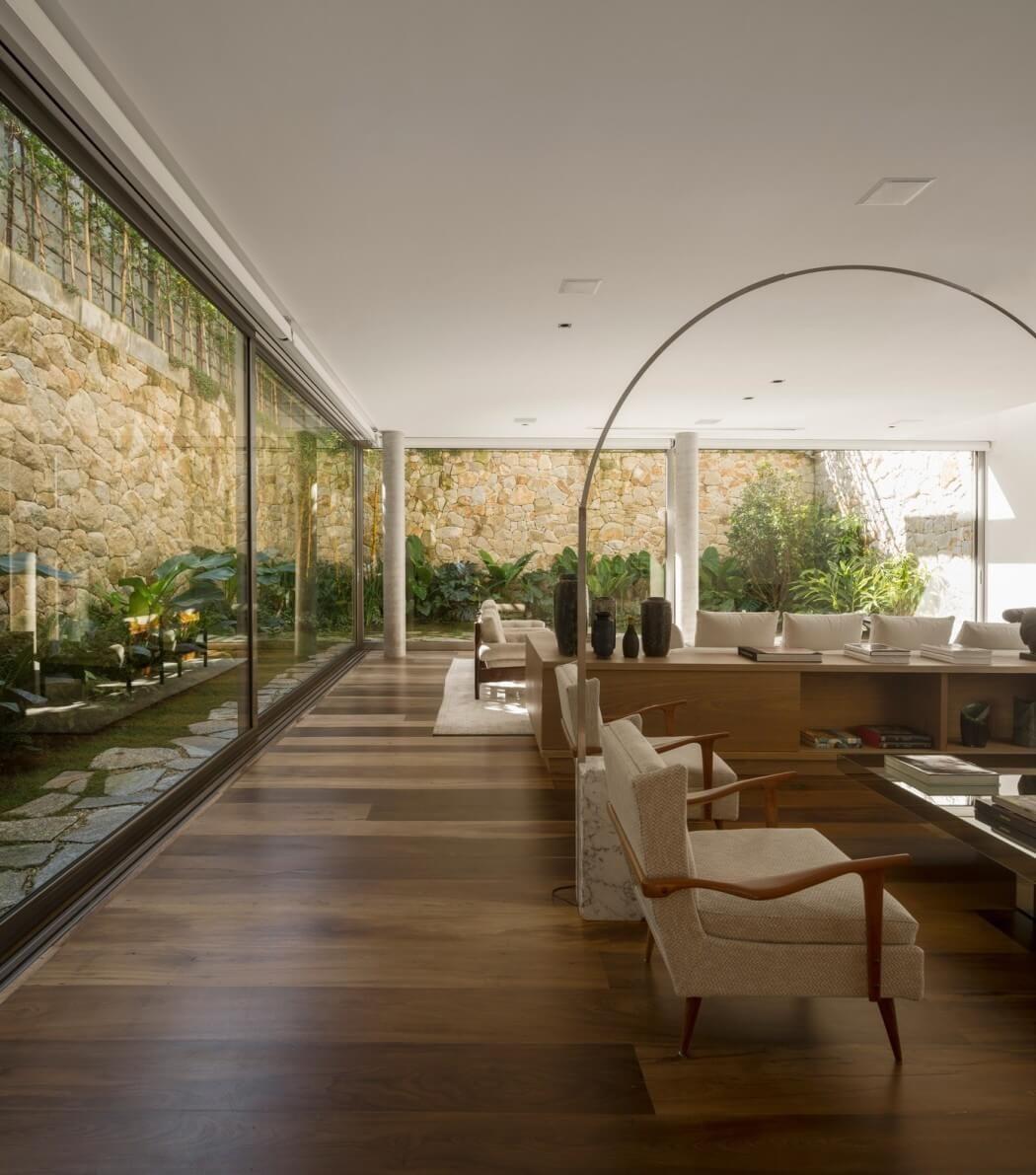 Esszimmer design bd c house by studio arthur casas  exteriores ideas  pinterest