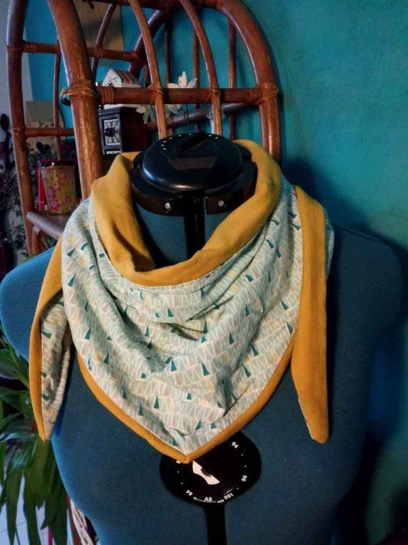Foulard XXL triangle - Tuto #chechetutocouture
