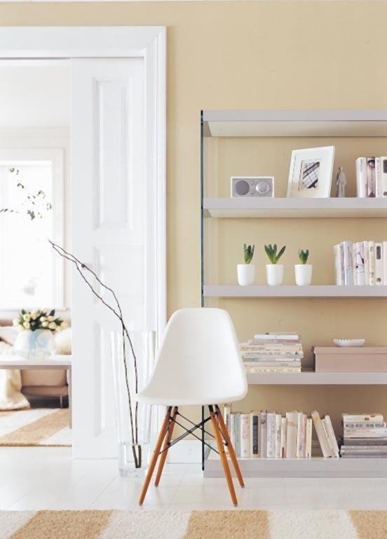 Wohnen mit Farbe - Pastell als Wandfarbe mit farbigen Möbeln ...