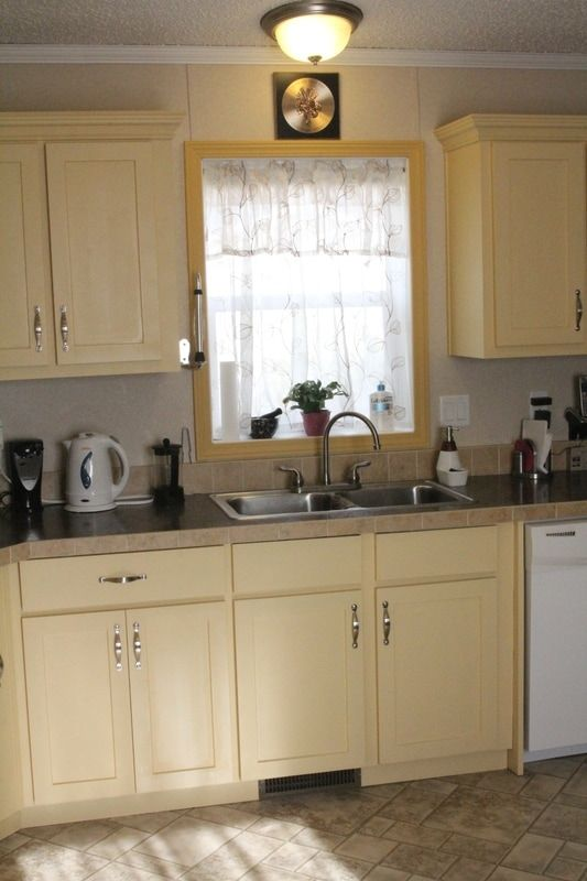 How to refinish your kitchen cabinets using Fusion Mineral ...