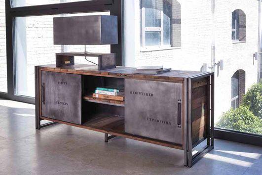 Industrieller TV-Tisch aus Holz  Modell EDITO Dekorieren Zimmer