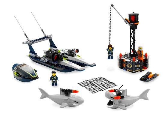 8633 1 Speedboat Rescue Legos And Lego Ideas