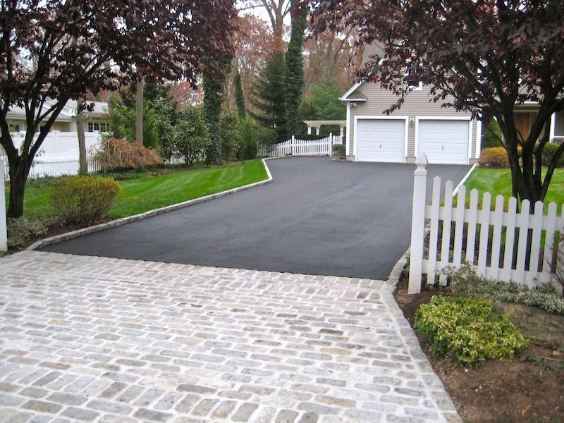 Belgium Block Apron With Border Driveway Design Driveway Landscaping Driveway