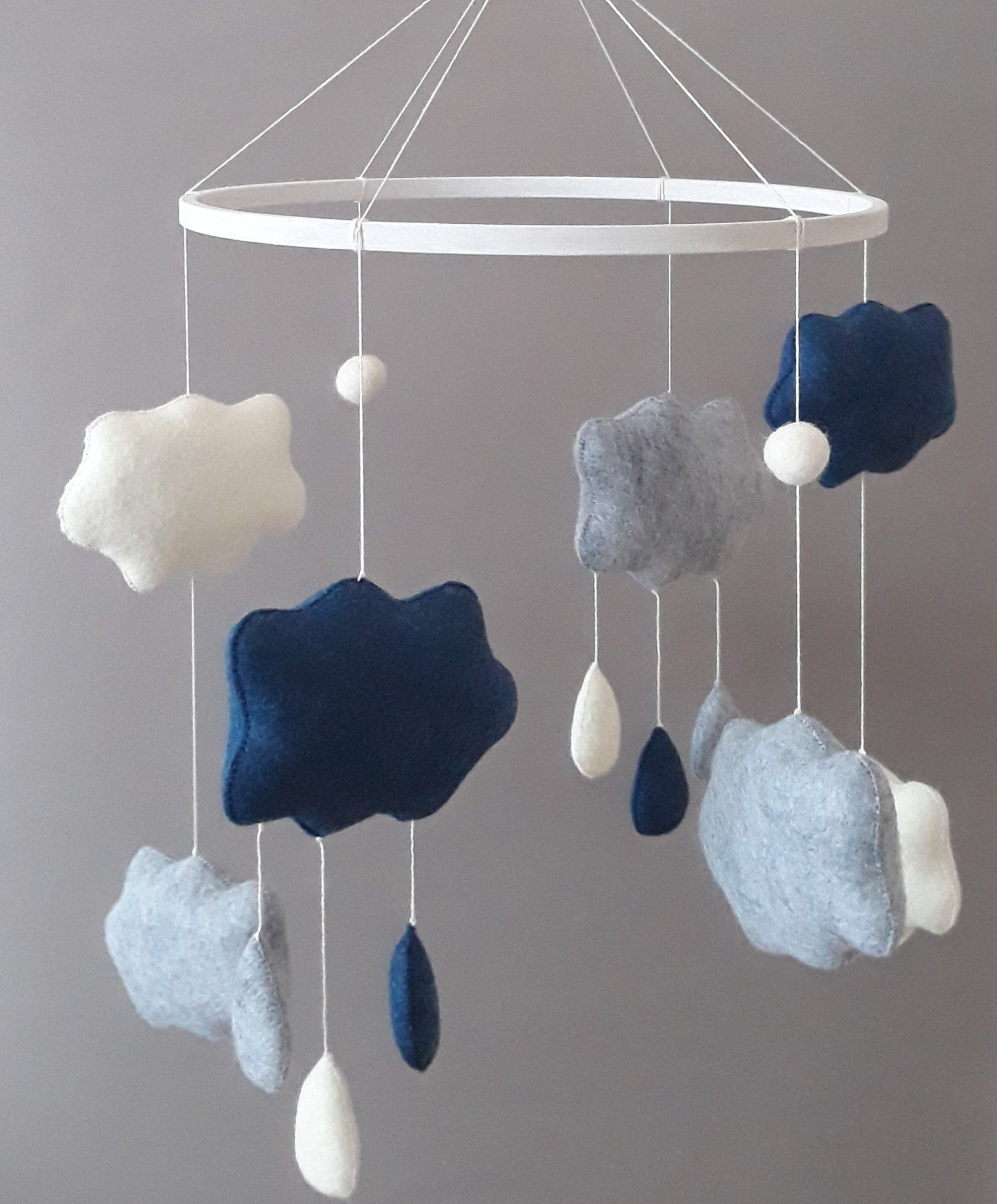 Modern Baby Mobile Natural Baby Mobile Cloud Mobile Baby Boy Mobile Baby Girl Mobile Crib Mobile Rain Mobile In 2020 Baby Boy Mobile Baby Mobile Girl Boy Mobile