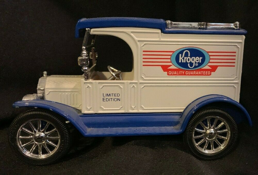 Kroger Ertl Replica Ford 1913 Model T Van Bank With Key Limited