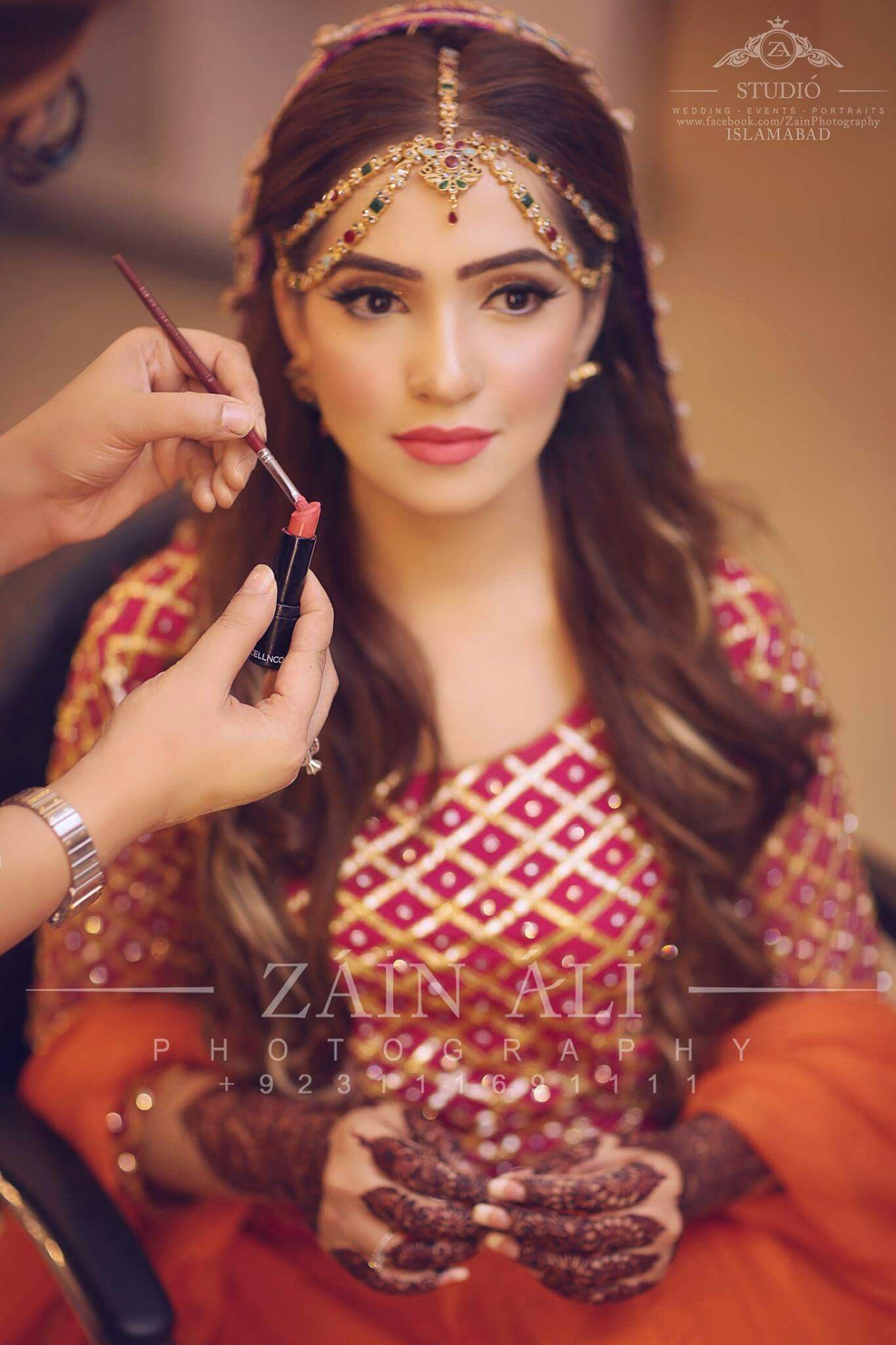 love her headpiece | pakistani brides in 2019 | indian