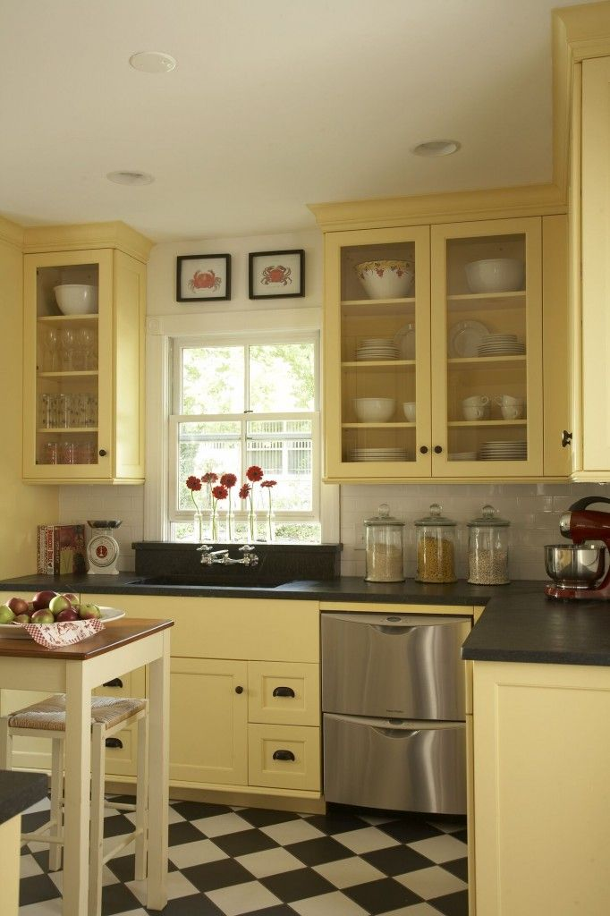 Kitchen on a Budget! CUTE! there is a full story when you click through