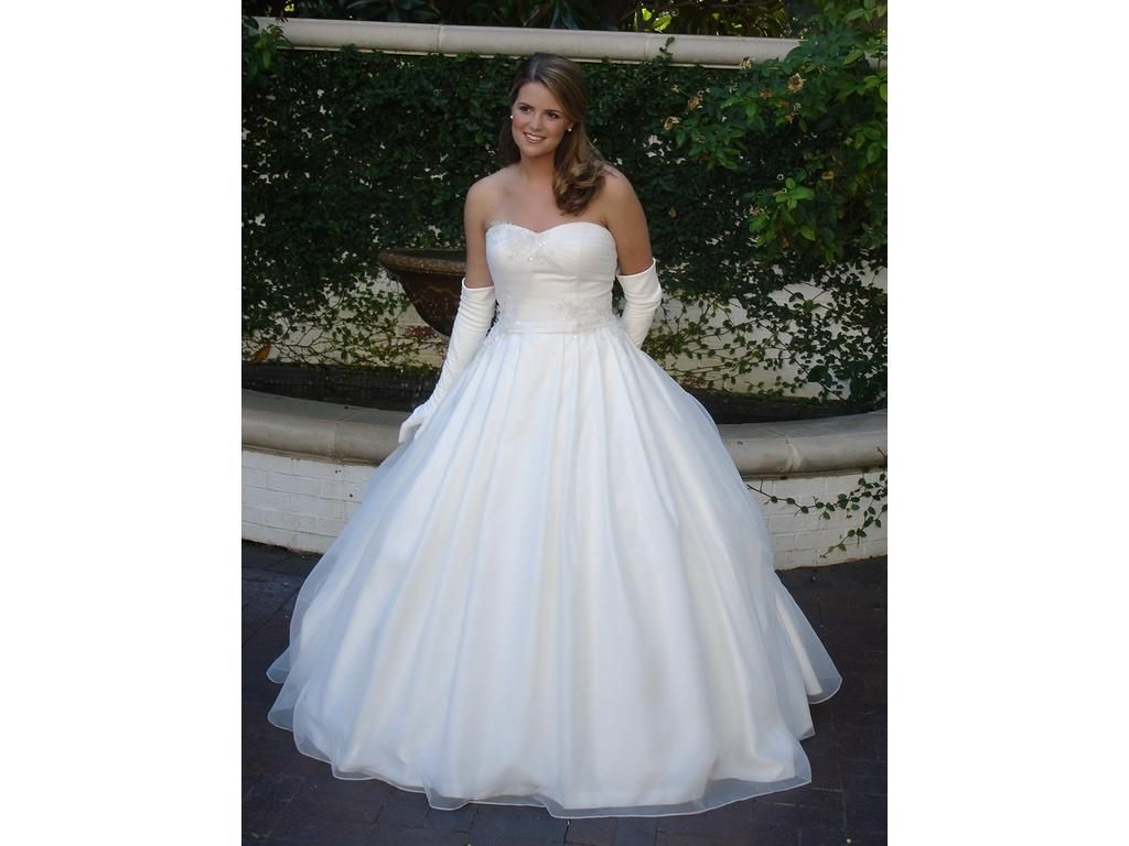2nd hand wedding dresses  Priscilla of Boston  find it for sale on PreOwnedWeddingDresses