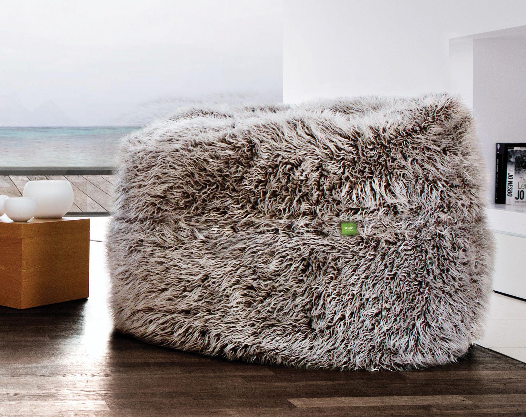 Boekenkast Voor Uitnodigend : Pluizig aaibaar en bijzonder uitnodigend. zo wordt de populaire