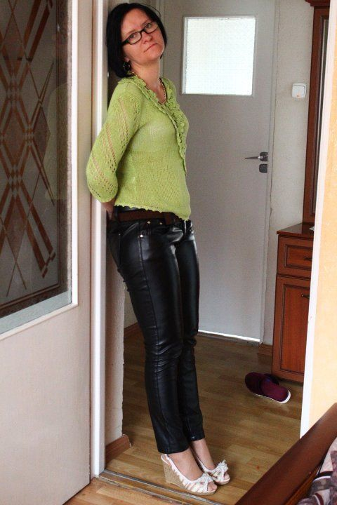 Mature Fashion, Leather Fashion, Leather Pants, Candies, Leather Joggers