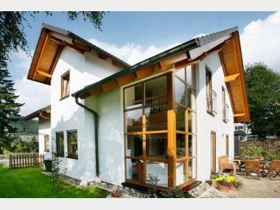 fertighaus novum iii klassisches stadthaus mit gaube von baufritz haus xxl architektenhaus. Black Bedroom Furniture Sets. Home Design Ideas