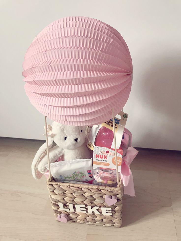 Geschenk zur Geburt #heißluftballon #baby #geschenk #mädchen ...