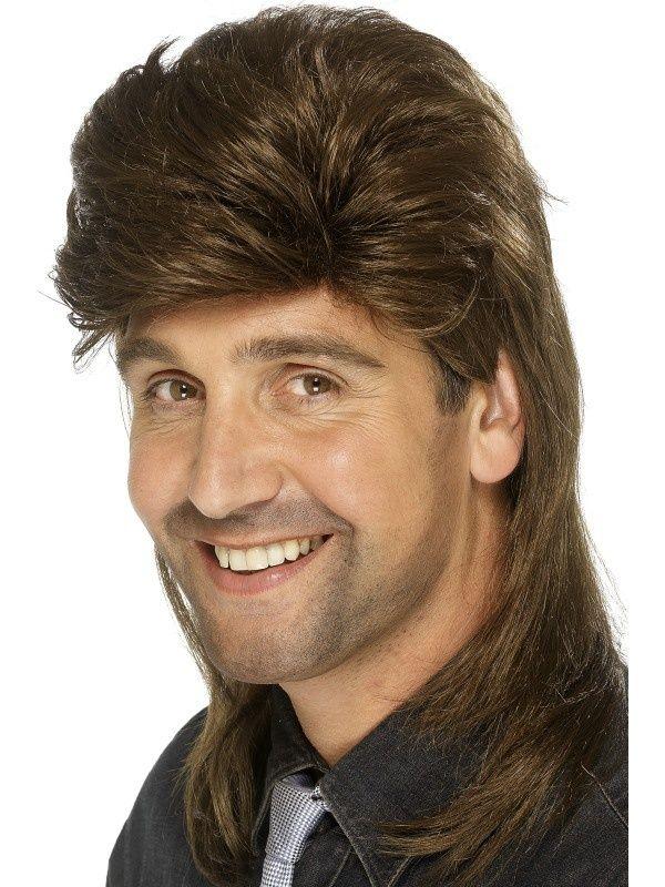 Krótko z przodu, długo z tyłu, czyli peruka nawiązująca do klasycznej fryzury z lat 80.
