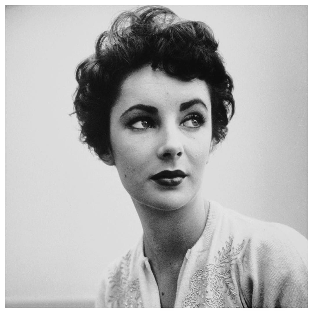 """Elizabeth Taylor // """"It is strange that the years teach us patience; that the shorter our time, the greater our capacity for waiting."""""""