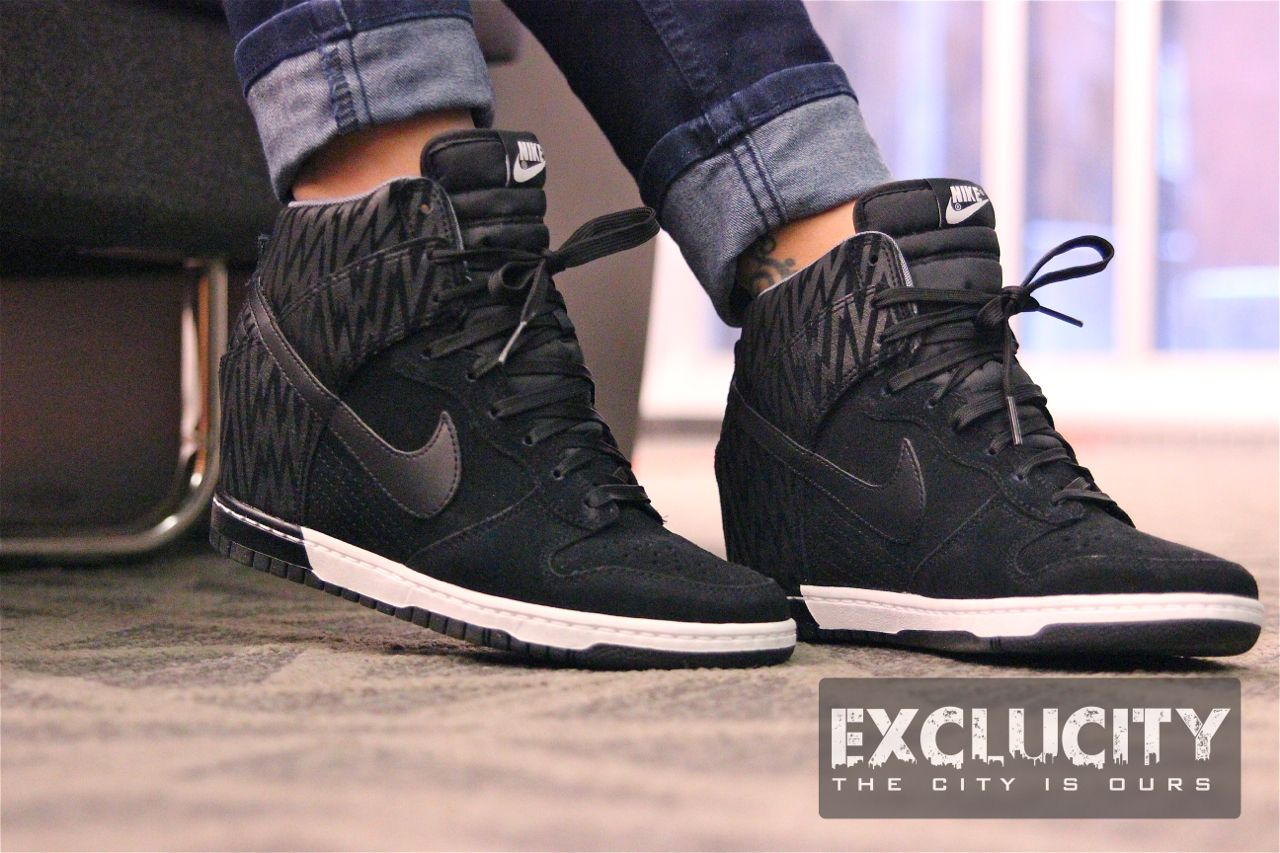 nike dunks sky high
