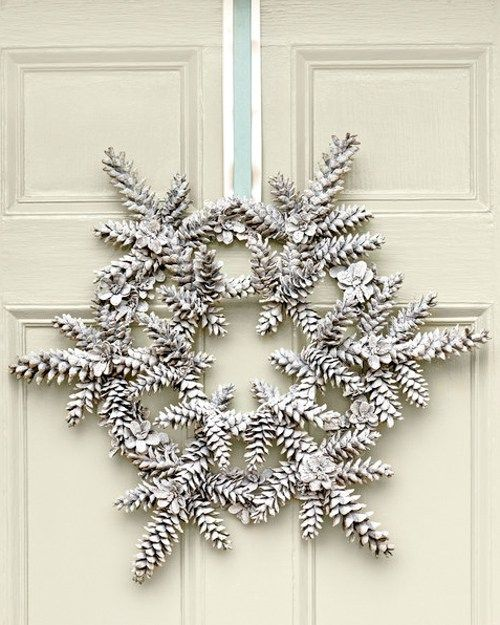 30 Gorgeous Crafts For Decorating With Pine Cones